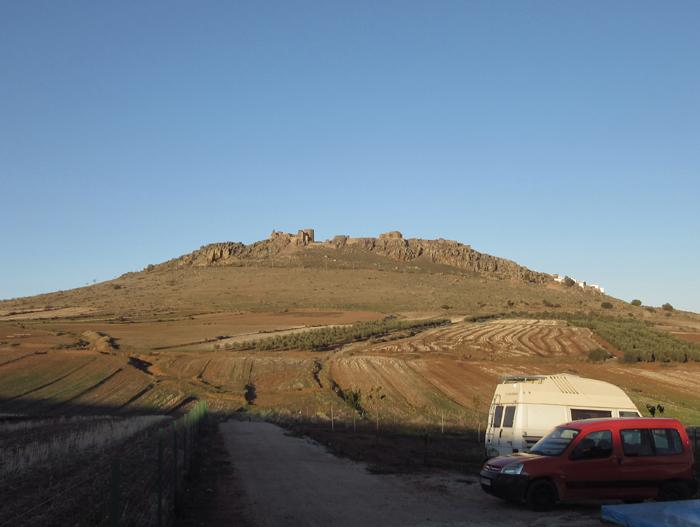 Felsen  alte Burg der Muslime in Spanien