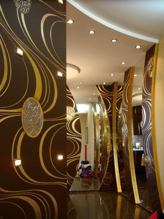 роспись стен коридора и кухни в японском стиле.