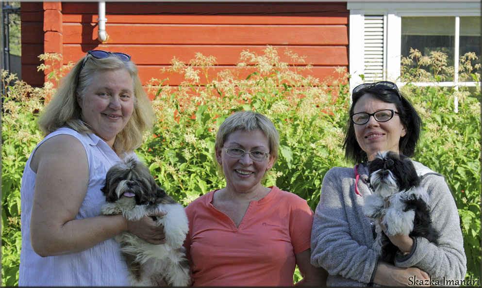 август 2015, Финляндия. С Leena Pakkanen и Erica Hagman.