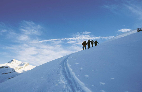 Auf einer Skitour eine eigene Spur anlegen