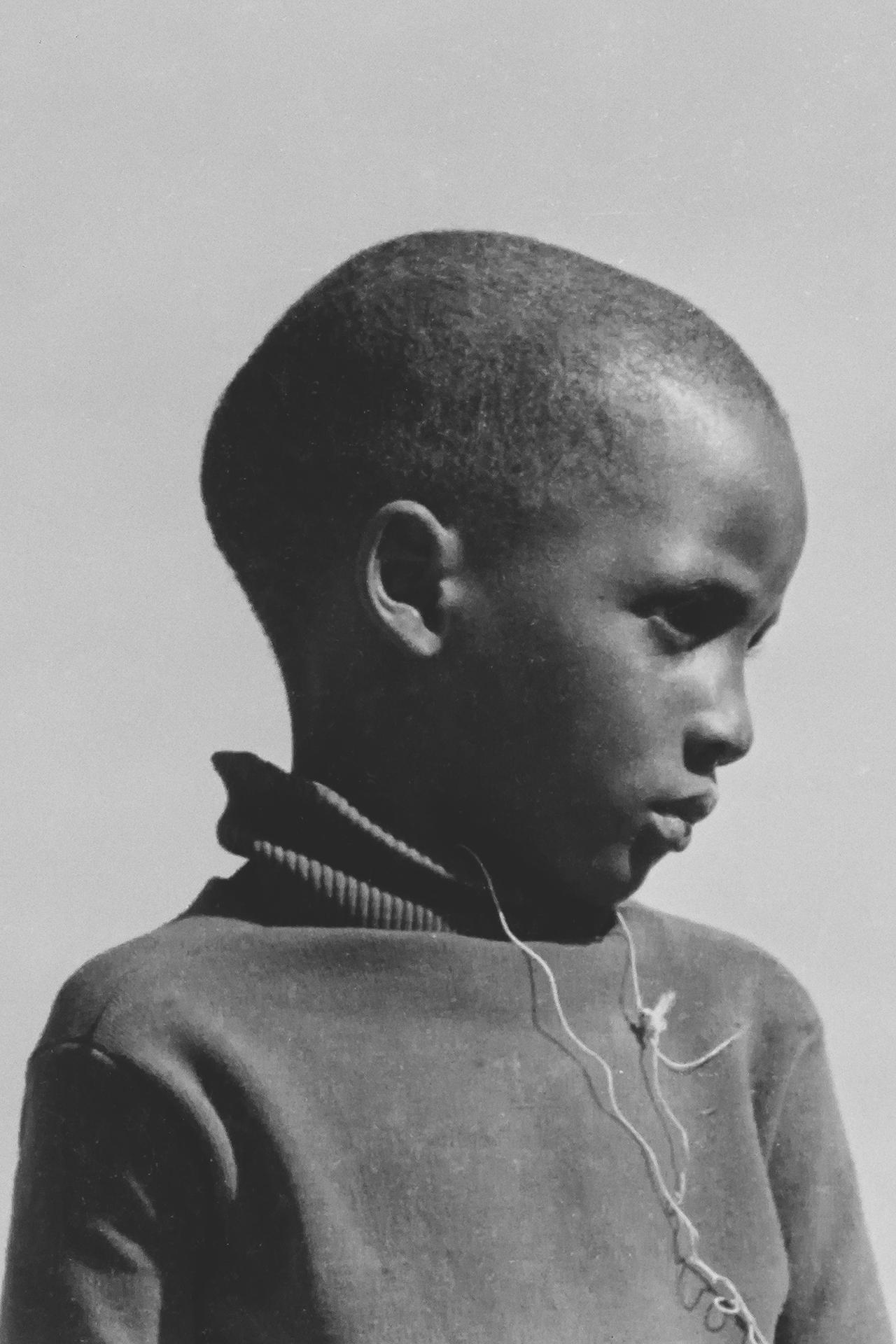 Jeune garçon Bozo. 1969, Bords du Niger, région de MOPTI, Mali