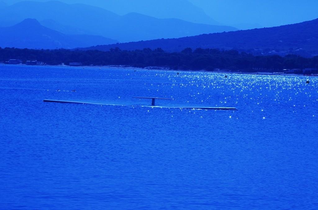 Bleu avion sousmarinier