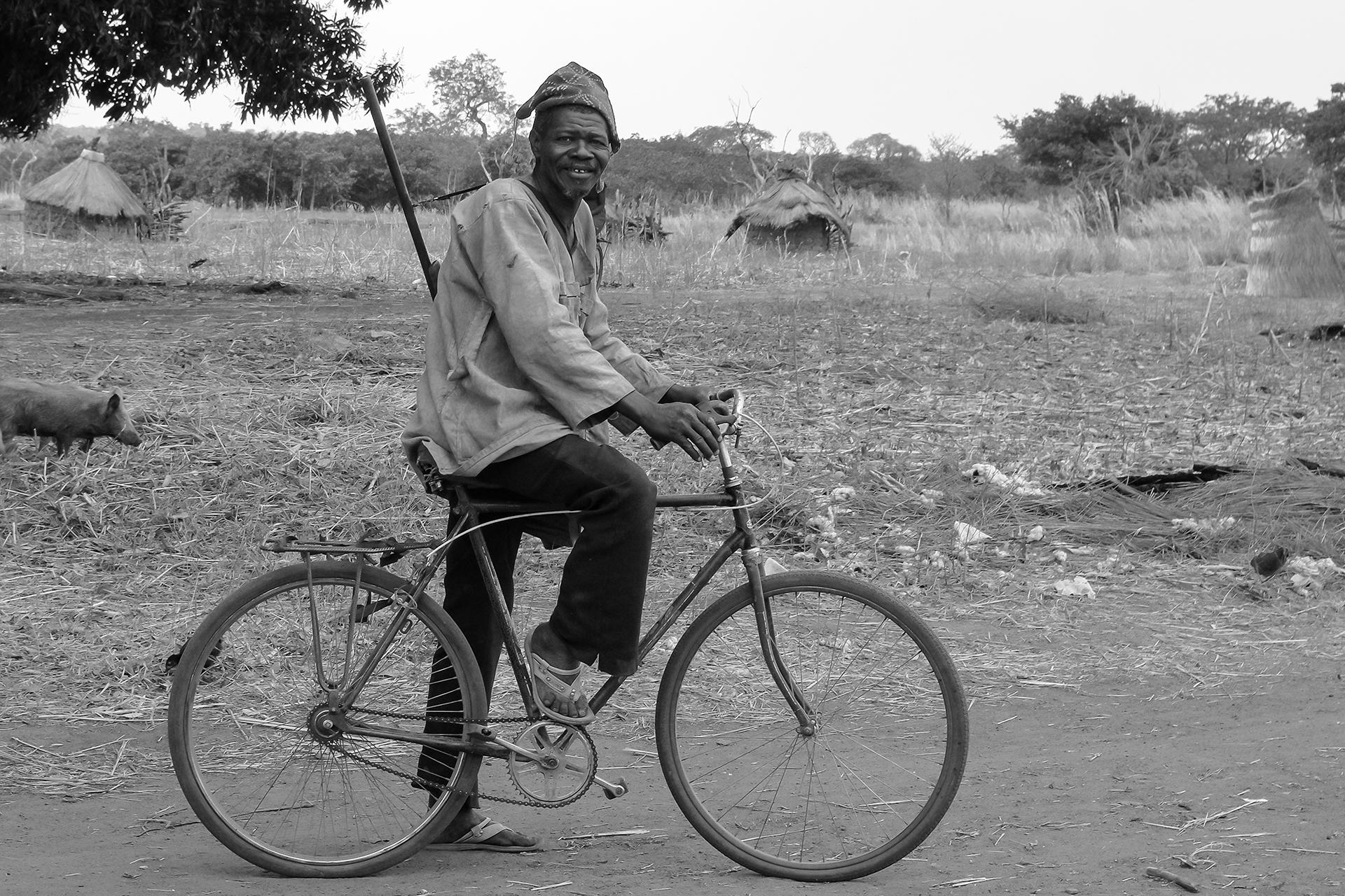 Départ pour l'aventure. 2014 OBIRE, Région de LOROPENI, Burkina Faso