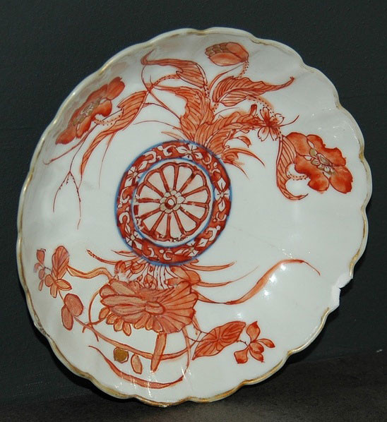 фарфоровая тарелка династии Мин