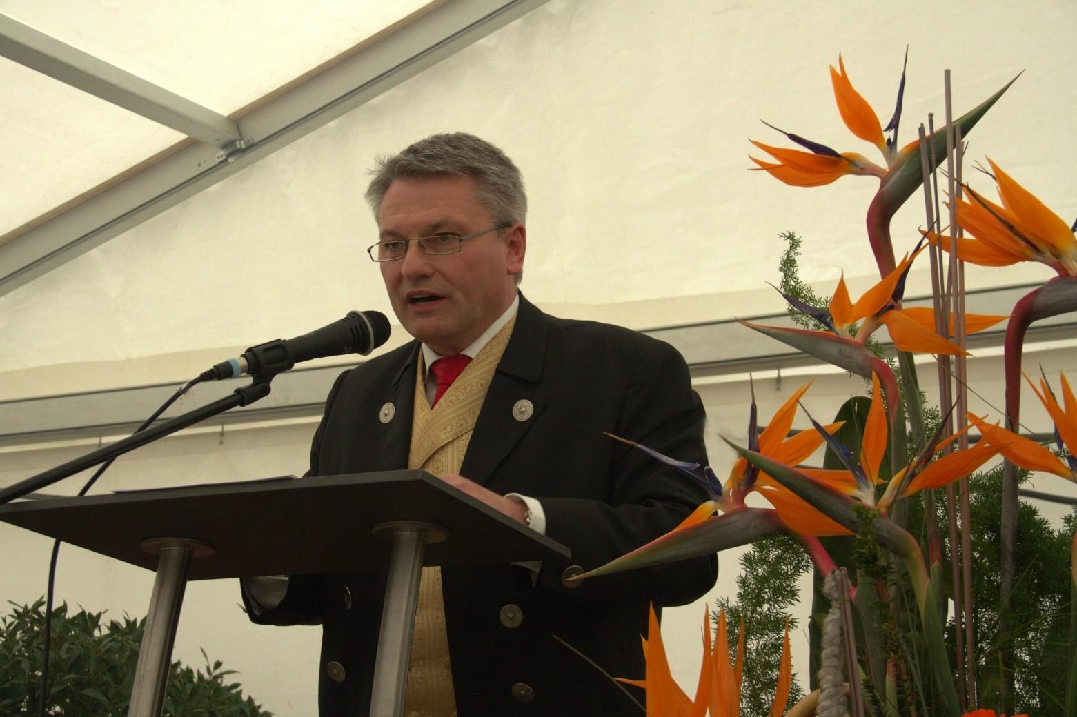 Hans Henninger, Bürgermeister, Flachslanden