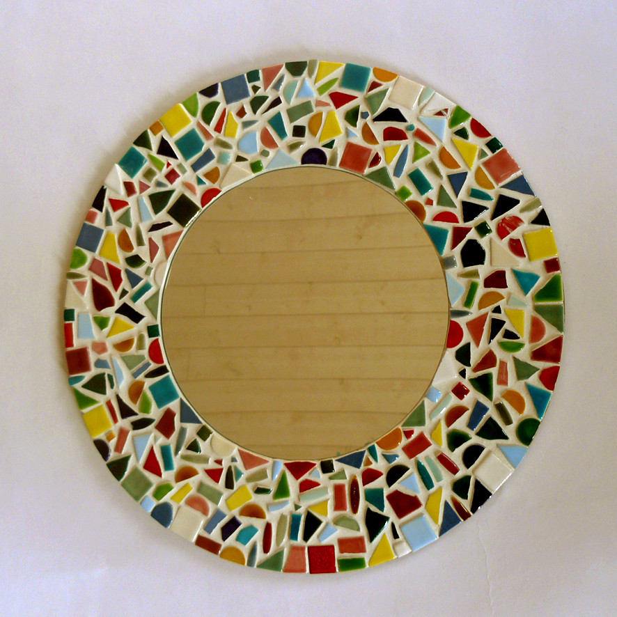 Une collection optimiste et multicolore la boutique de l for Miroir mosaique rond