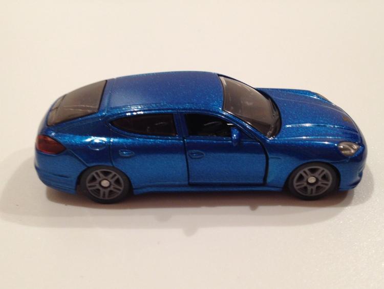 Porsche Pannamera 4S Nr.1446 blaumetallic