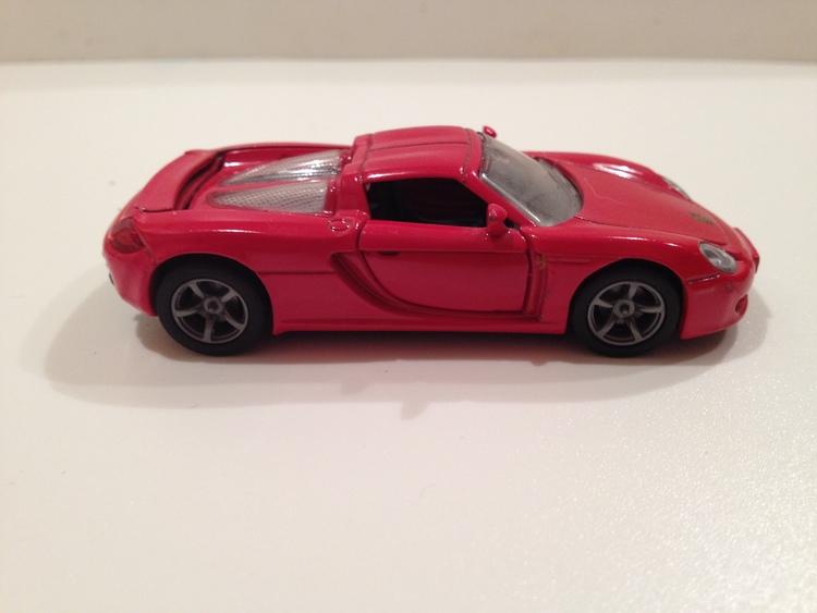 Porsche Carrera GT  Nr.1001 rot