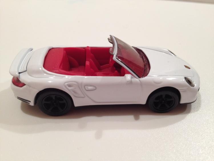 Porsche 911 Cabrio Nr.1337 weiß