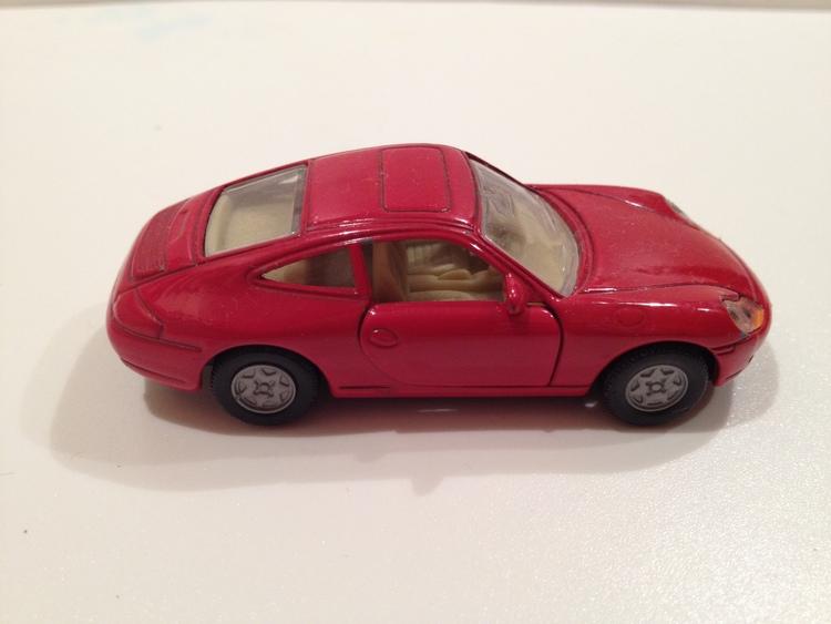 Porsche 911 Carrera Nr.1093 rot