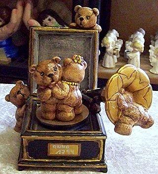 Spieluhr mit Teddy