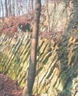 Die Blauen Steine gelten als einmaliges Naturdenkmal.