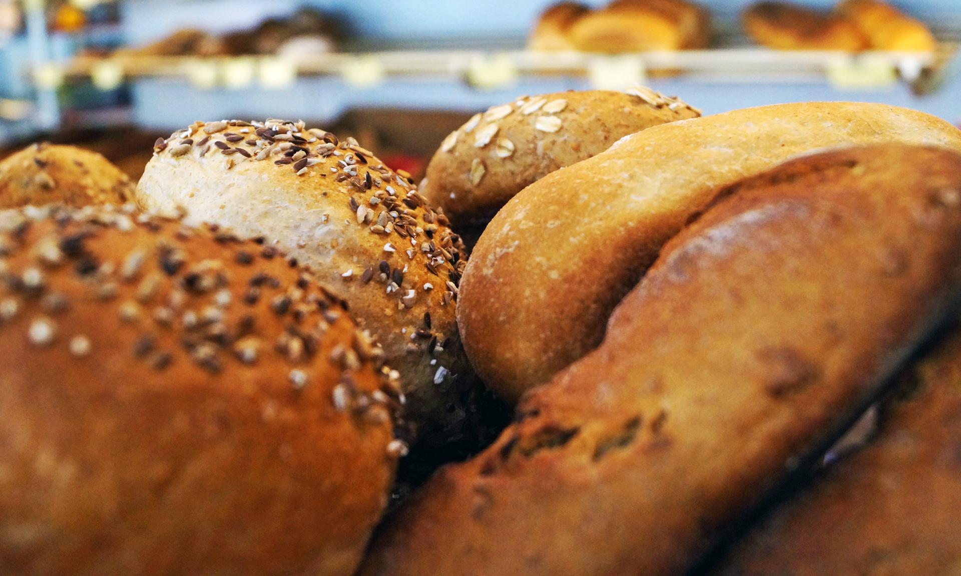 Brot br tchen kuchen und torten immer frisch und for Kuchen berlin pankow