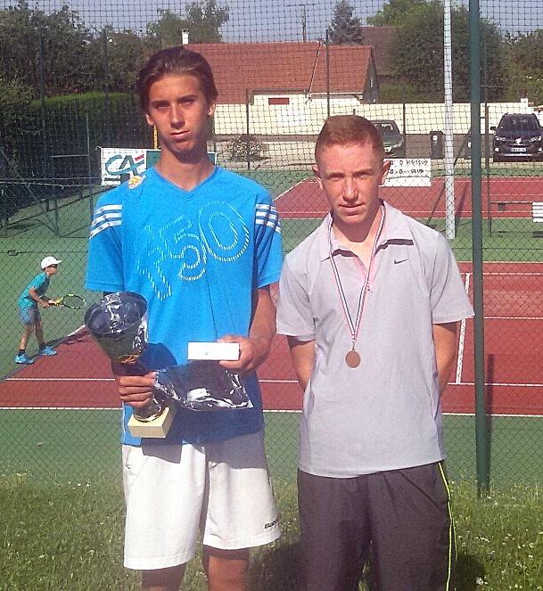 Kristen DUKIEL (vainqueur en 17/18 ans garçons) et Maxence ROBAT (finaliste)