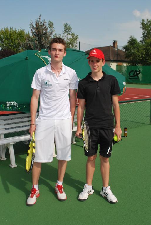 Charles Edler (TC Reims) et Valentin Noiret (TC Germinois), finalistes en 17/18 ans