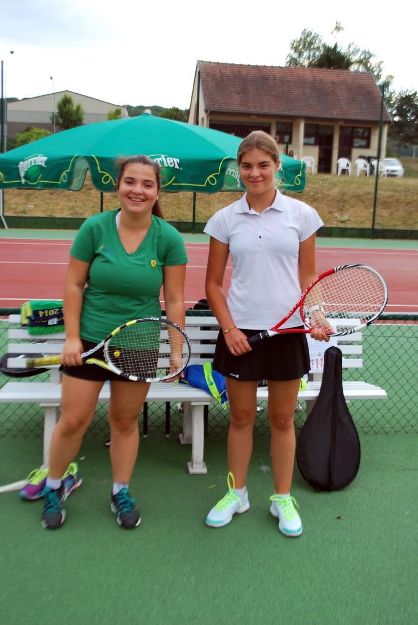 Julie ANDRES, finaliste en 17/18 ans et Emeline ROCQUET, vainqueur