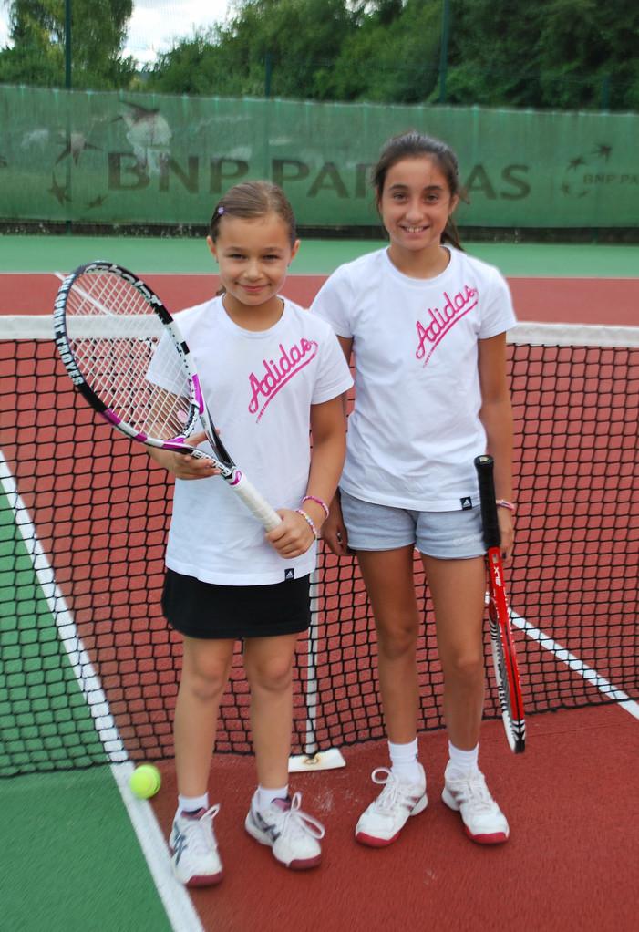 Atalia Gaudichon (à g.) et Lily Jacob (11/12 ans)