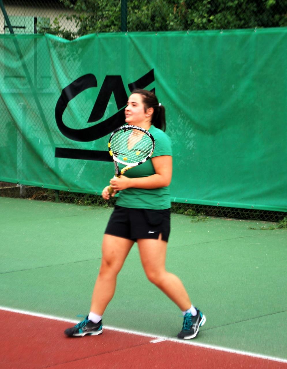 Julie (vice-championne de l'Aube 2015 en 17/18 ans) made in TC Bouilly