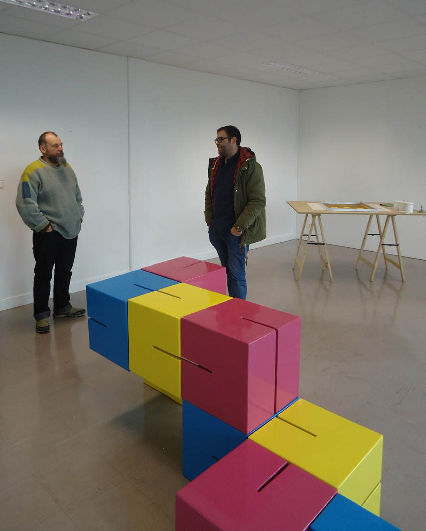 Julien Duporté droite de l'oeuvre Modulochroma (coll. FDAC Ille-et-Vilaine)