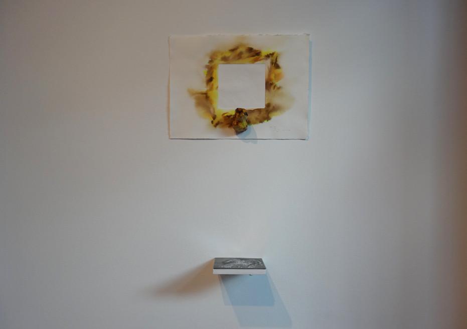 Noémie Sauve, L'oiseau - Gaufrage, céramique et plaque de gravure, 2015