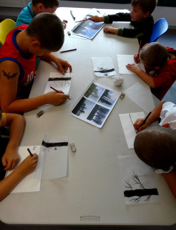 Centre de loisirs d'Iffendic - atelier dessin à la pierre noire