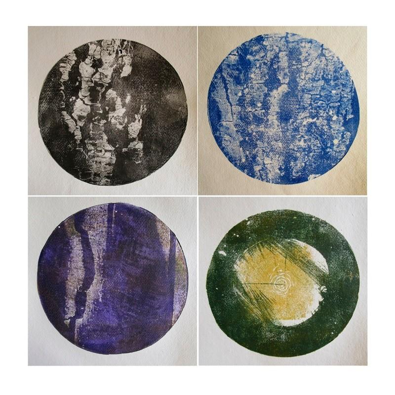 Cécile White, Tas de Soi, détail, installation de 16 monotypes acrylique sur papier coton, 29,5x41 cm pièce, 2015.