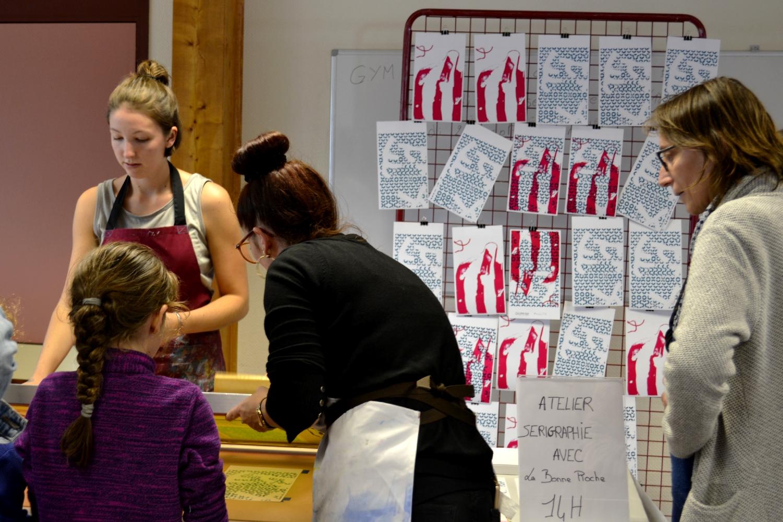 Atelier sérigraphie avec la Bonne Pioche au Festival de BD Pré en Bulles de Bédée