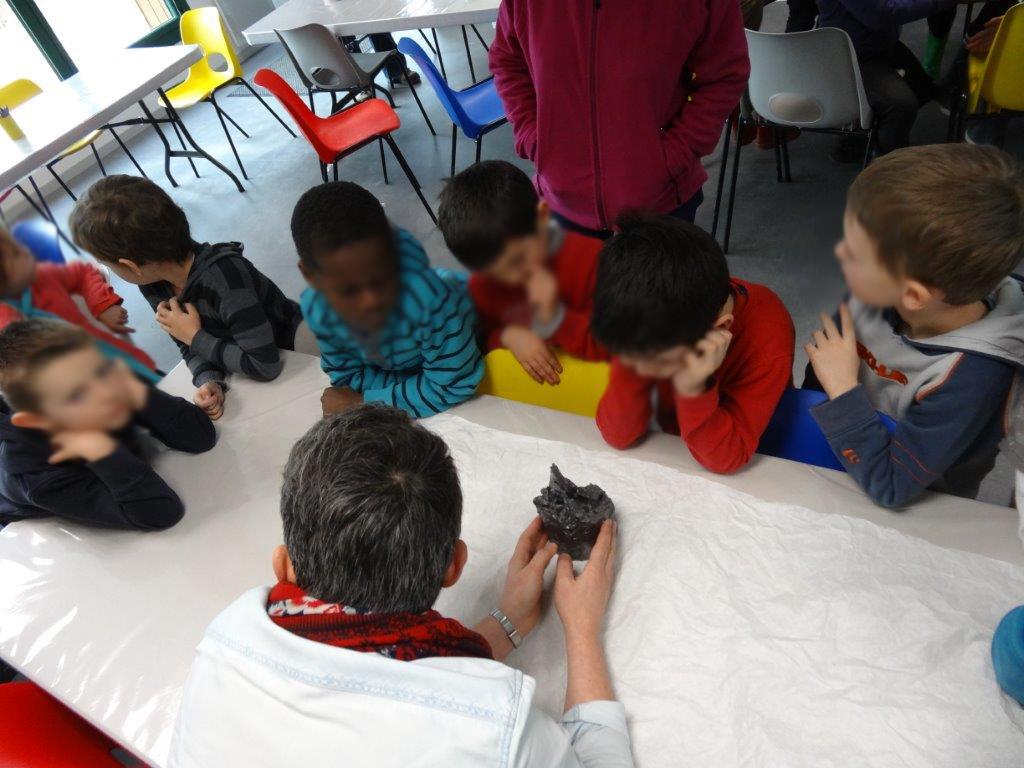 Rencontre avec Angélique Lecaille - classe de CP Les Trois rivières Breteil