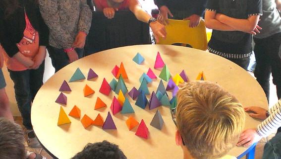 Atelier volumes - CE2-CM1 école élémentaire publique du Moulin à Vent de Montfort-sur-Meu