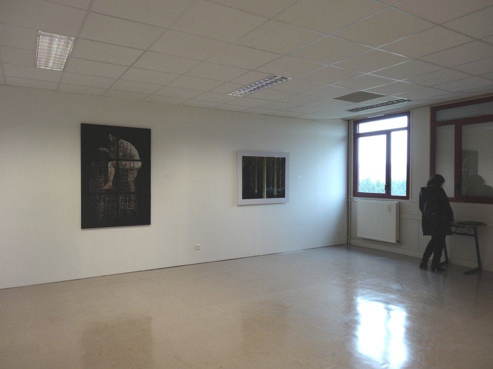 Vue de l'exposition, collège Louis Guilloux : Pascal Mirande (gauche), Marc Loyon (droite)