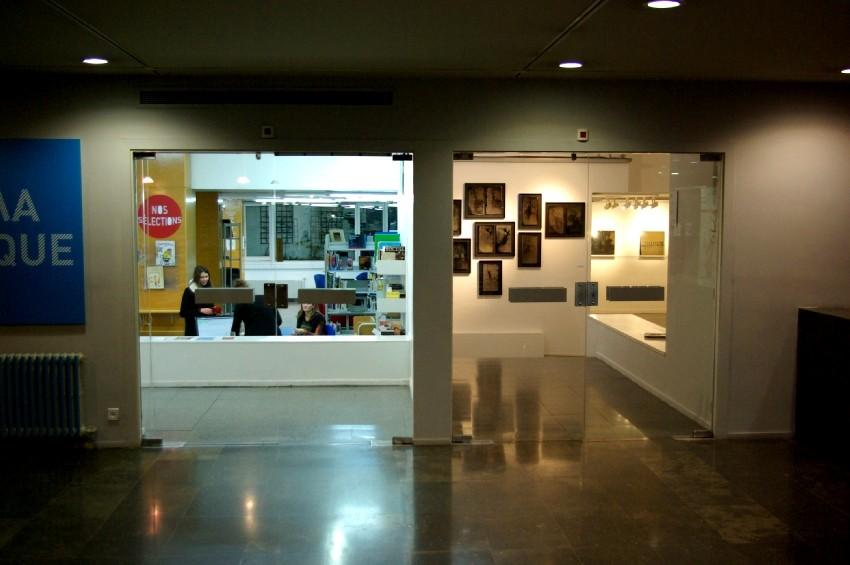 Vue de l'extérieur de la galerie d'exposition de l'Institut français de Barcelone. DR Carré d'art