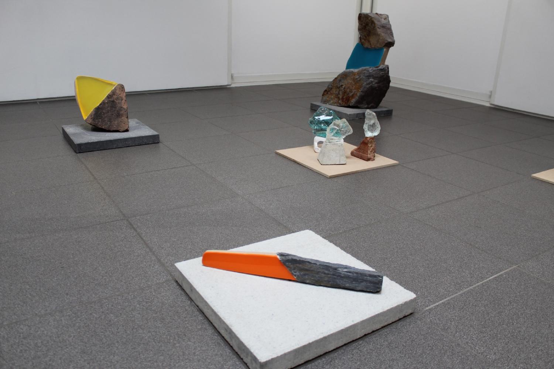 Vue de l'exposition Sarah Lück, Entre ici et là