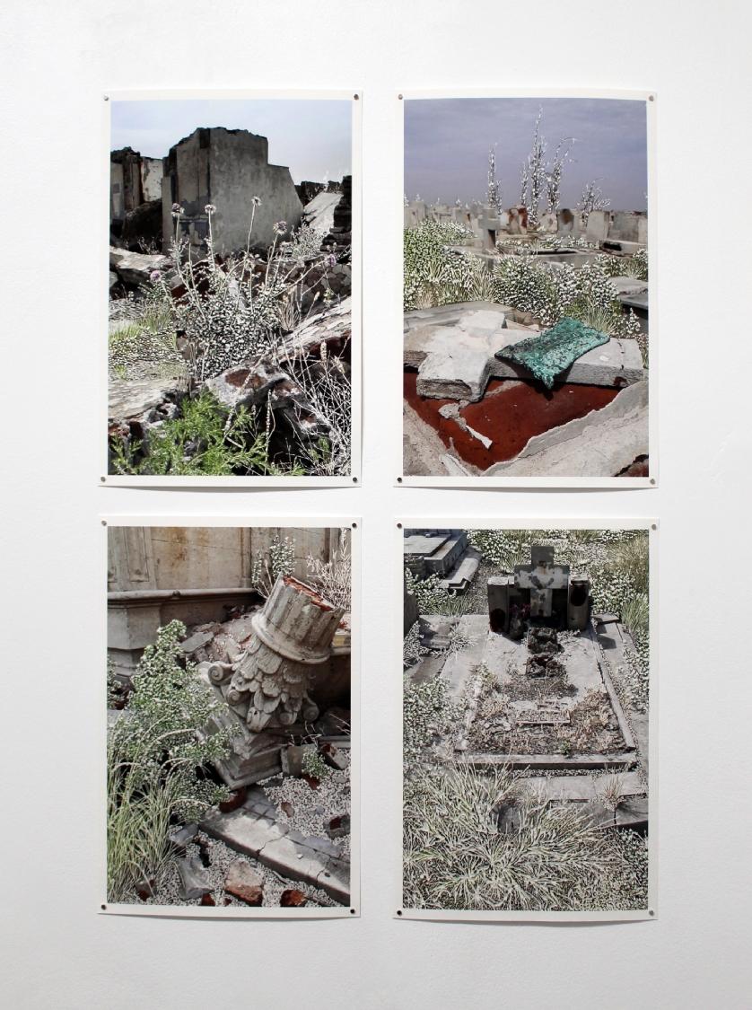 Raphaëlle Peria, Parmi les ruines #1, #2, #3, #4, grattage sur photographie, 36 x 24 cm, 2020