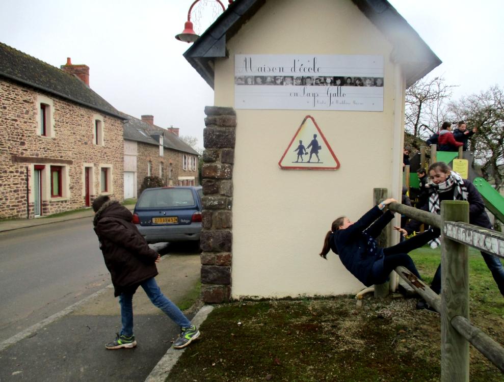 Mises en scène des interdits à l'école