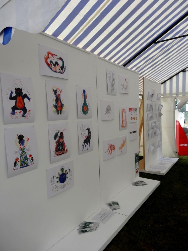 Reproductions de dessins de Karine Bernadou et Noël Rasendrason. Festival Pré en Bulles 2016.