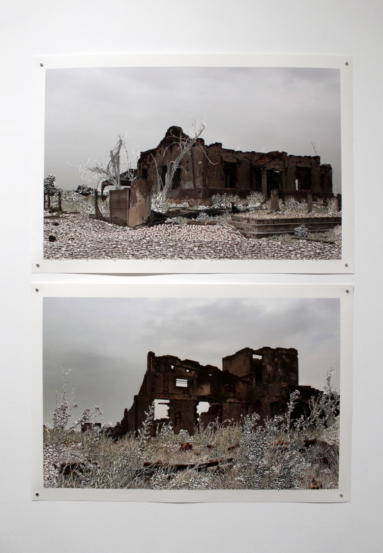 Raphaëlle Peria, Demeure #2, grattage sur photographie, 40 x 60 cm, 2021 / Raphaëlle Peria, Demeure #1, grattage sur photographie, 40 x 60 cm, 2021