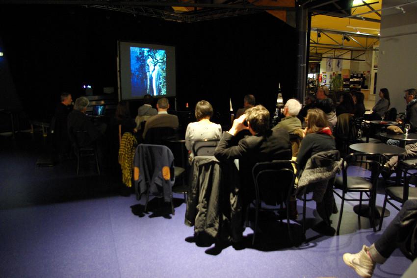 Présentation du projet Barcelone/Contours à Chartres-de-Bretagne
