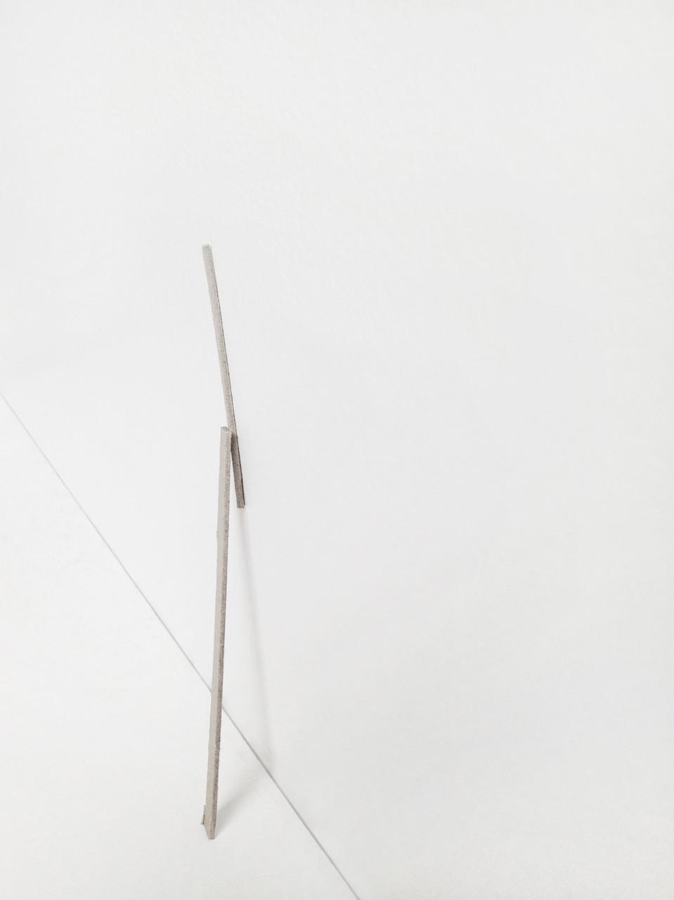 Estèla Alliaud, Sans titre (avec appui). Photographie tirage jet d'encre, 22 x 31,5 cm, 2015.