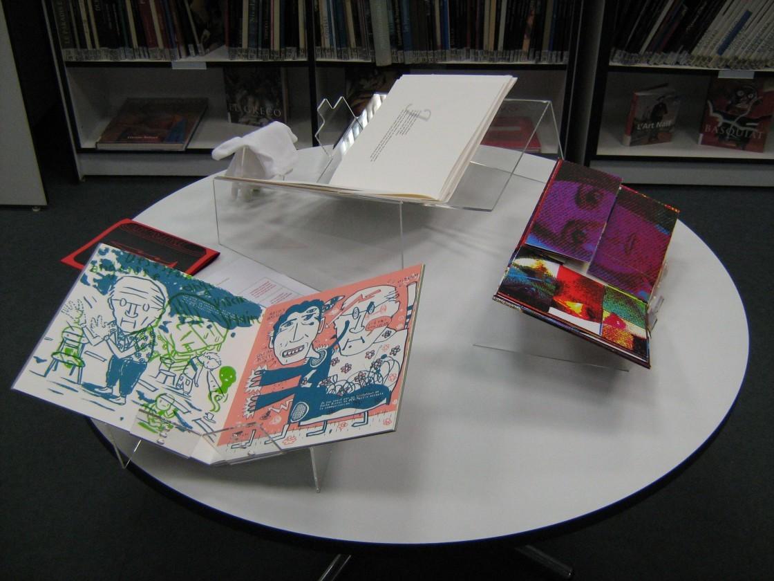 Livres d'artistes présentés à la médiathèque de Montfort-sur-Meu