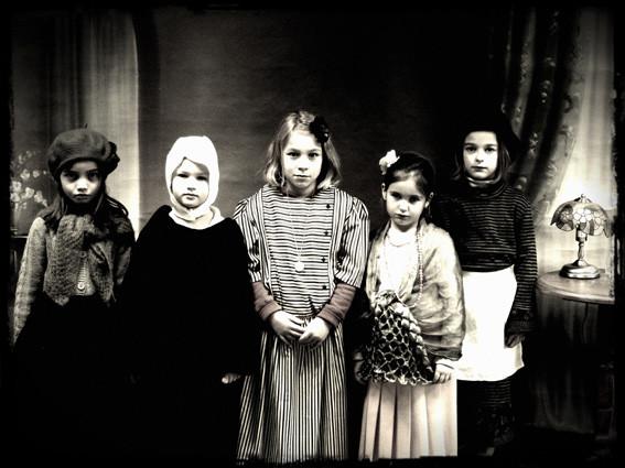 Photo de filles - CE1 école élémentaire publique Fée Viviane Iffendic
