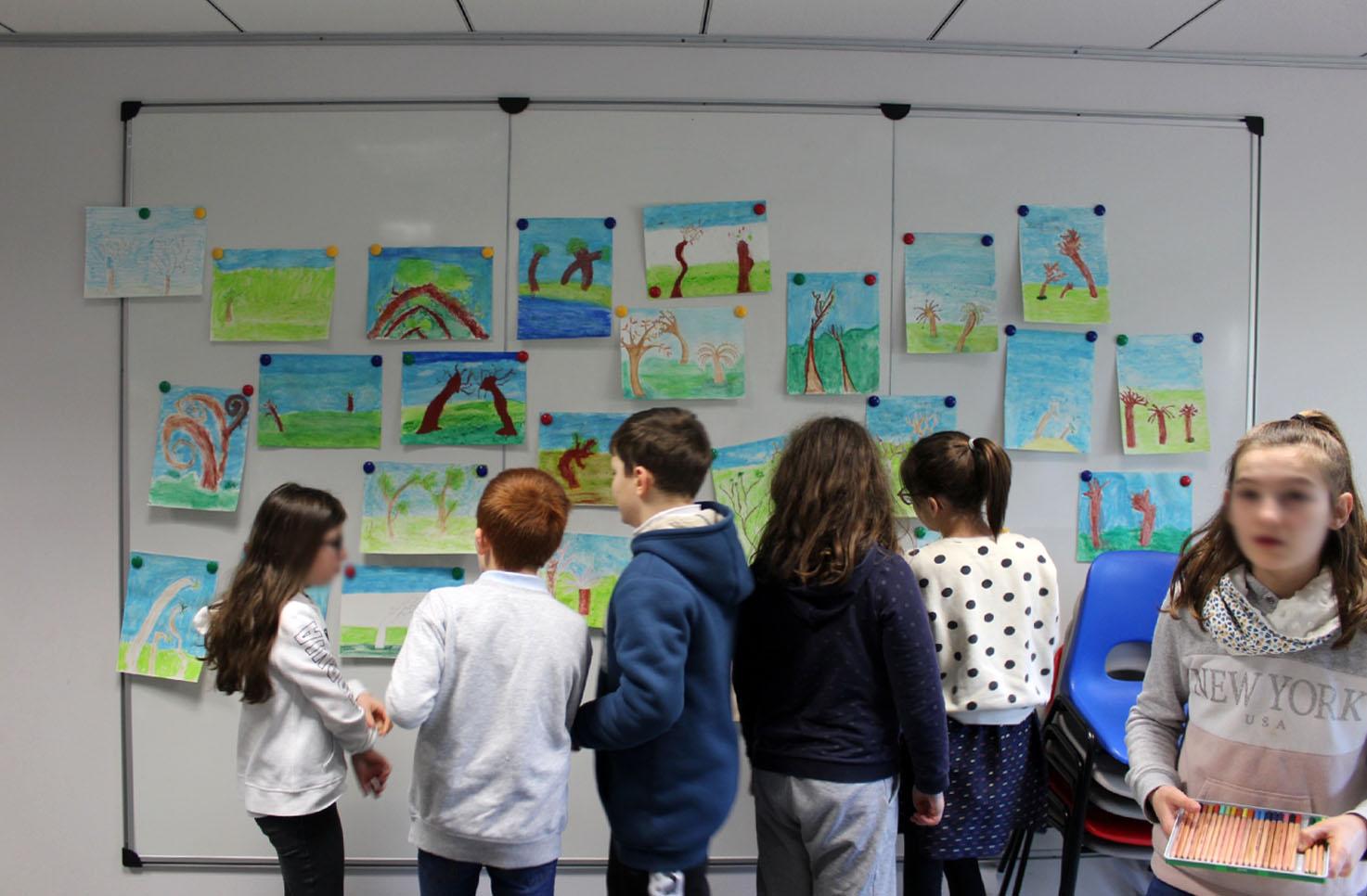 Visite-atelier autour de l'exposition de Dorian Cohen - CM2 de l'école publique Pays Pourpré de Montfort-sur-Meu