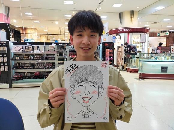 岩手県のさくら野百貨店・北上店で描いた男性の似顔絵