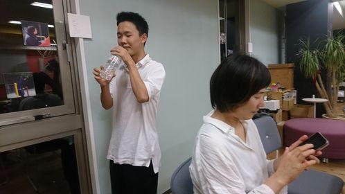 原田和輝さんが次の企画を考えている画像