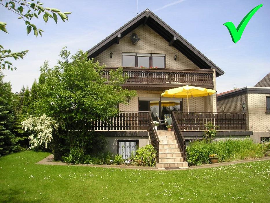 Mettmann - Obschwarzbach! Frei stehendes Einfamilienhaus