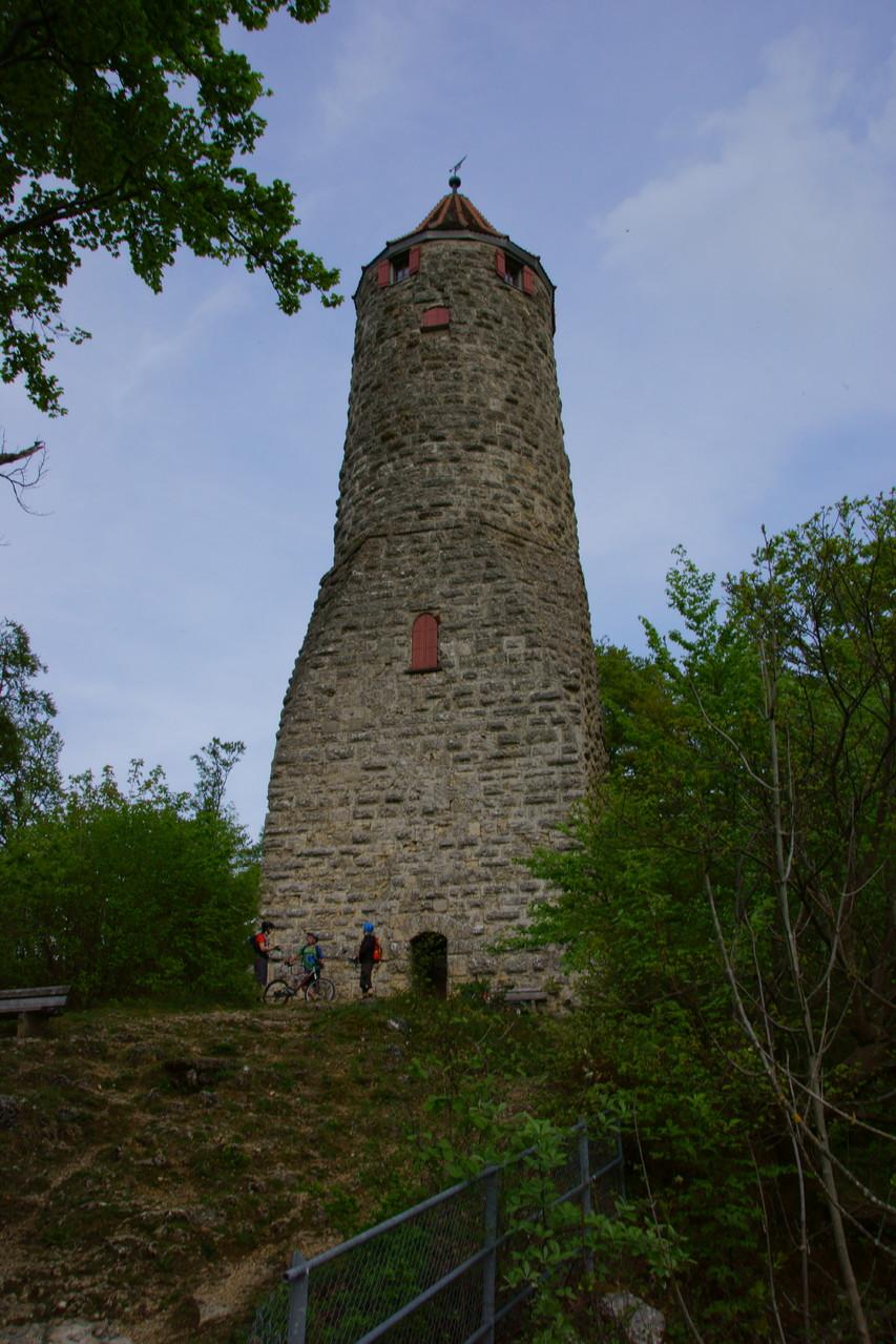 Ödenturm oberhalb von Geislingen/Steige