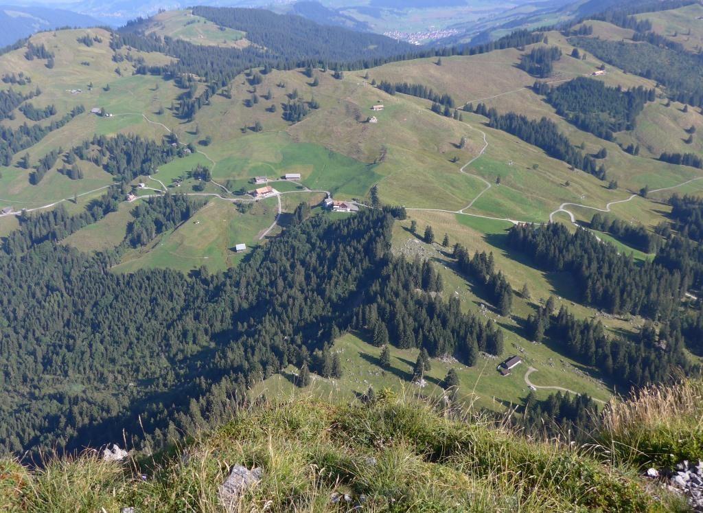Blick vom Haggenspitzli 1761m auf unser Berggasthaus