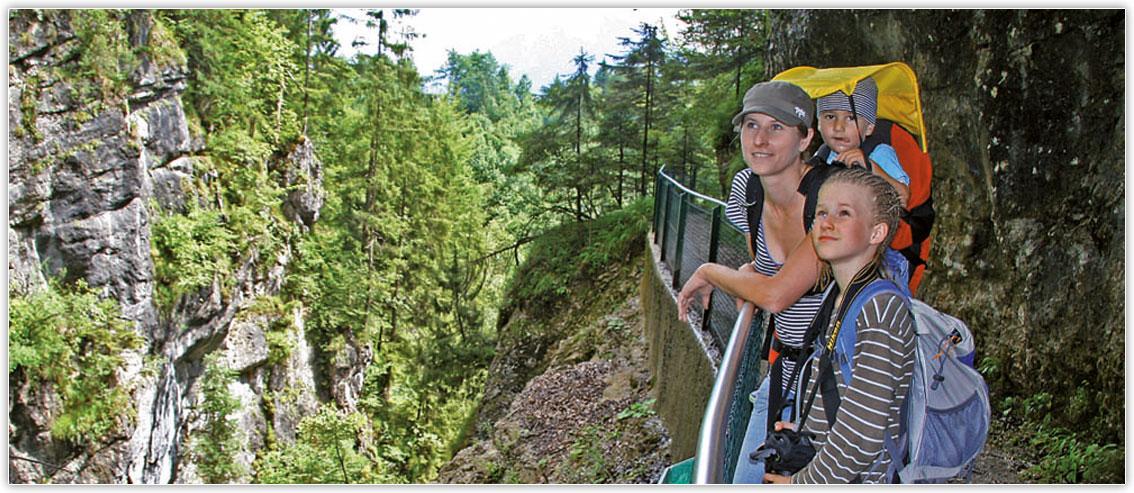 "Hiking through the most beautiful landscapes in ""Kaiserreich"" Kiefersfelden"