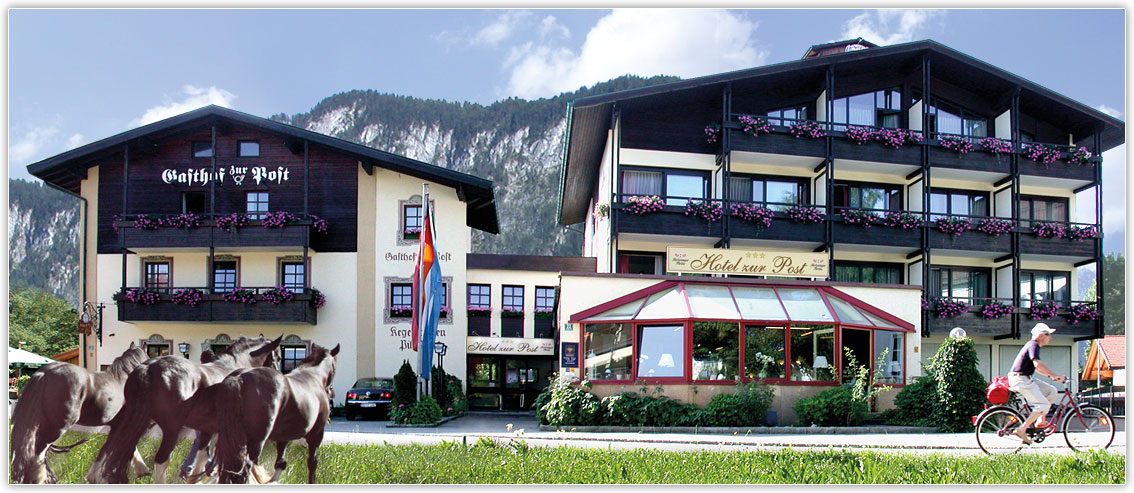 Exterior view of the Gasthof Hotel zur Post in Kiefersfelden