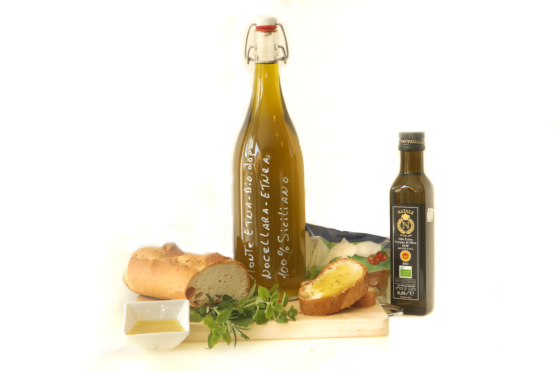 "Huile d'Olive Extra Vierge pressée à froid ""Monte Etna"" BIO-DOP - monocultivar ""Nocellara Etnea"""