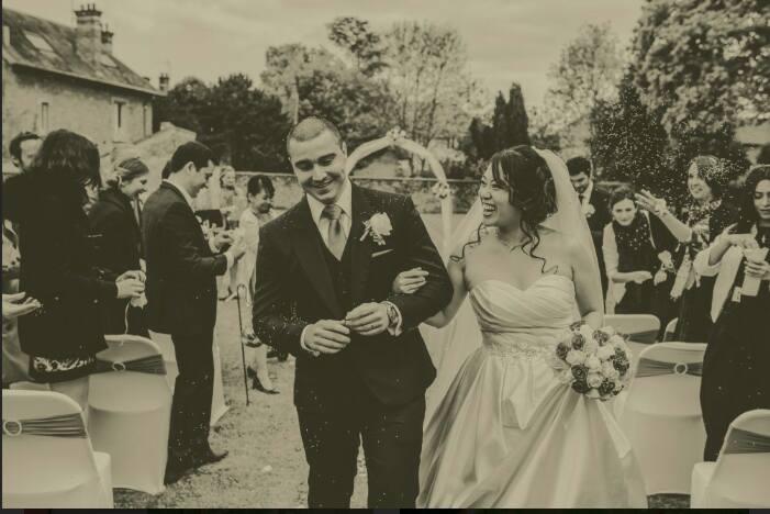 La sortie des mariés - crédit photo: Sight by Sight